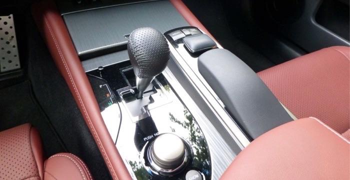 Lexus GS 450h 04 Driving-Dutchman