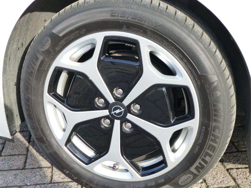 Opel-Ampera_041