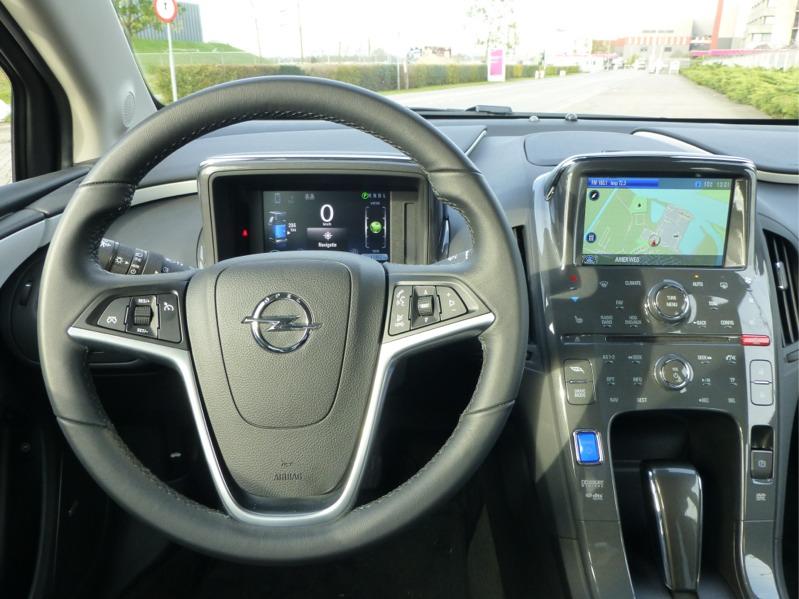 Opel-Ampera_061