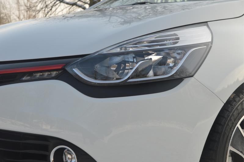 Renault-Clio_08