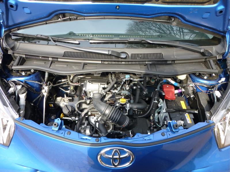 Toyota-IQ-11