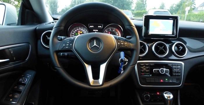 Mercedes Benz CLA 180 Ambition 03 Driving-Dutchman