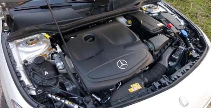 Mercedes Benz CLA 180 Ambition 05 Driving-Dutchman