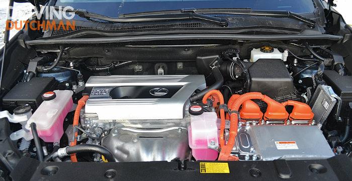 Lexus NX 300h 07 Driving-Dutchman