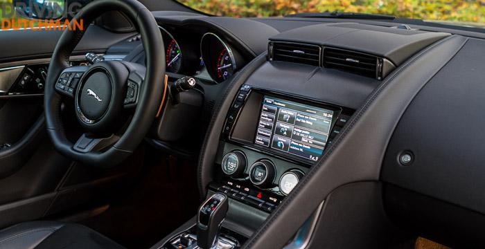 Autotest-Jaguar-F-Type-Coupé-dashboard-DrivingDutchman