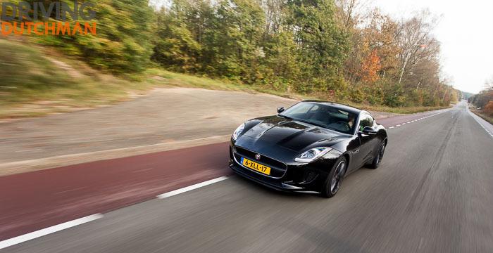 Autotest-Jaguar-F-Type-Coupé-voorzijde-rijdend