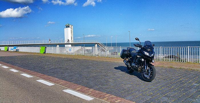 Kawasaki-Versys-1000-afsluitdijk