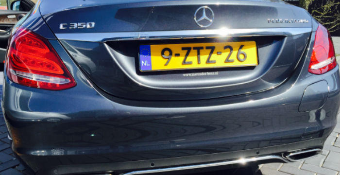 Mercedes-Benz-C-350-e-DrivingDutchman-achterkant