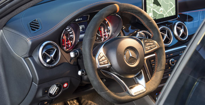 Rij-impressie-Mercede-Benz-CLA45AMG-4Matic-Shooting-Brake-5
