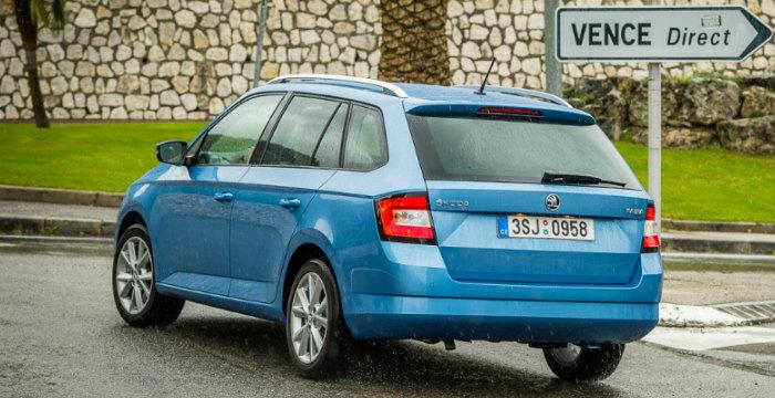 Skoda-Fabia-Combi-DrivingDutchman-achterzijde