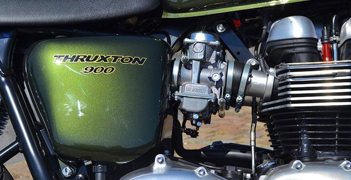 Triumph-Thruxton-Carbs