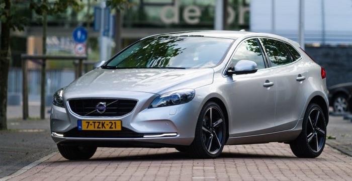 Volvo-V40-D4-Business-Summum-DrivingDutchman