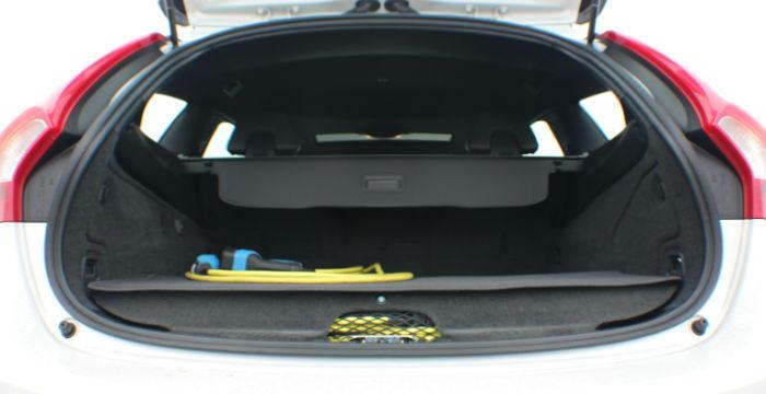 Volvo-V60-Plugin-Hybrid-kofferbak-DrivingDutchman