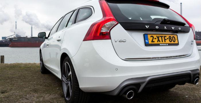 Volvo-V60-Plugin-Hybrid-zijde-DrivingDutchman