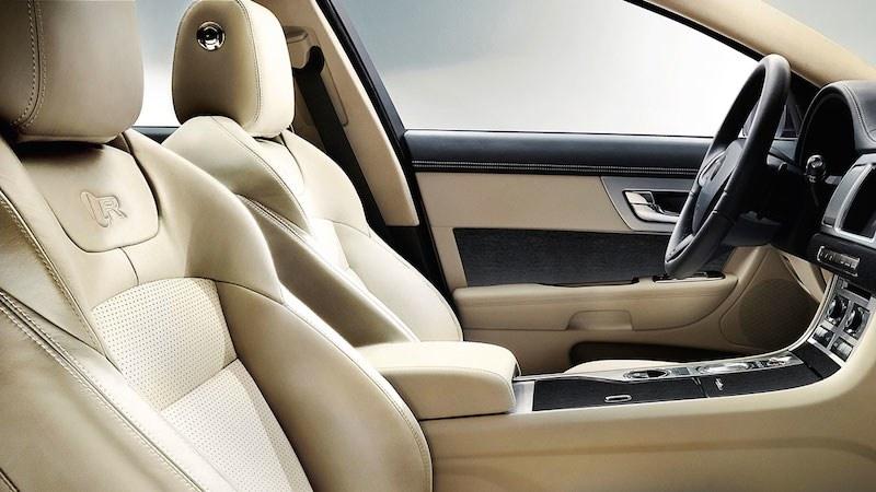 Autotest-Jaguar-XF-DrivingDutchman-Interieur