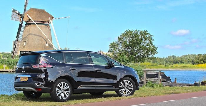 Dit is de reden waarom de Renault Espace Initiale Paris relaxt rijgenot is Driving-Dutchman1