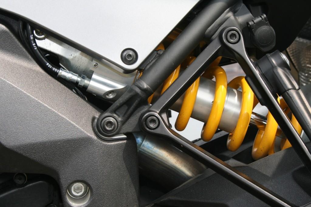 Ducati-Multistrada-1200S-Granturismo-modeljaar2013-Motorklik-181-1024x682