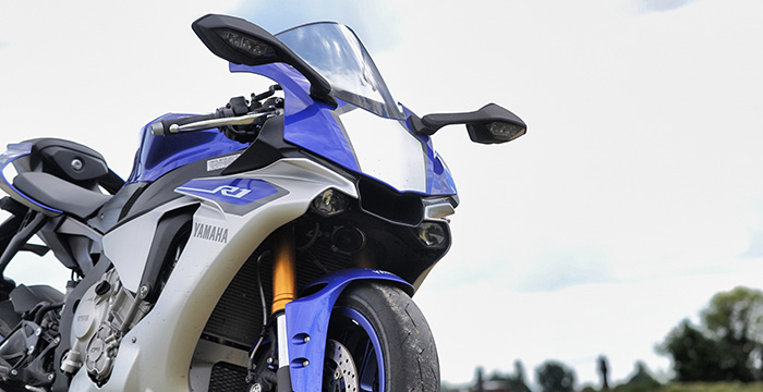 Geeft de Yamaha R1 het Rossi-gevoel? Driving-Dutchman