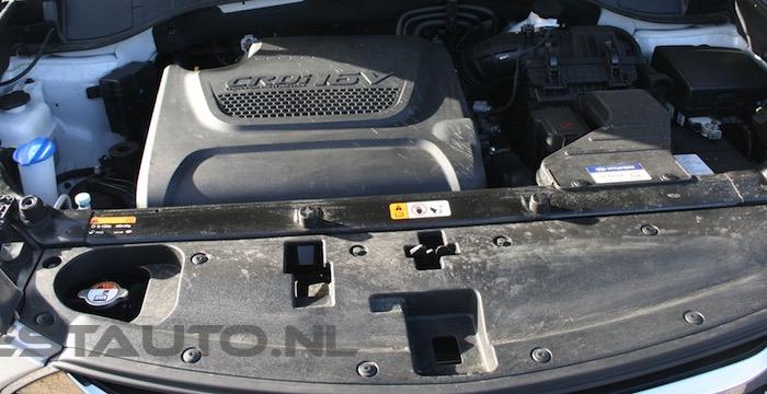 Hyundai-Santa-Fe-2.2-CRDi-2WD-6MT-Business_11