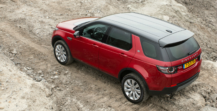 Landrover-discovery-sport-3