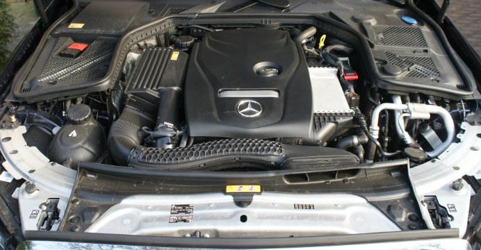 Mercedes-Benz-c-200-3