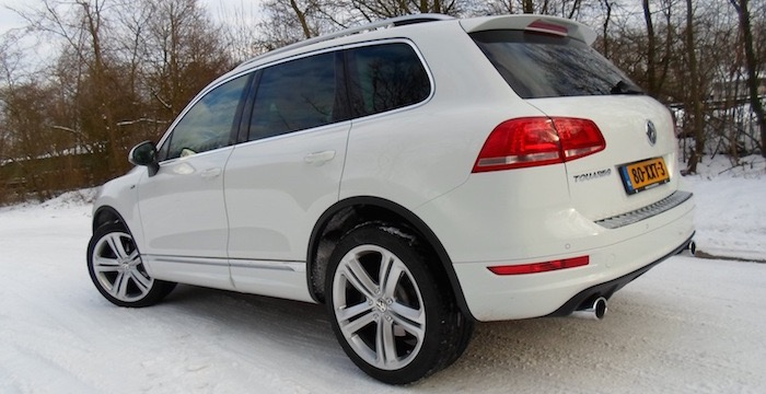 Volkswagen-Touareg-3.0-V6-TDI-R-Line-Edition-Driving-Dutchman-7