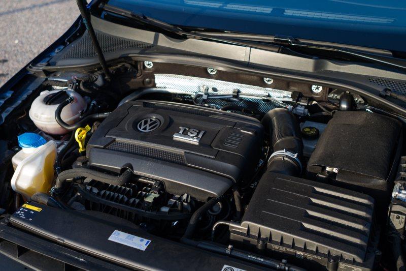 Autotest-Volkswagen-Golf-R-2.0-TSI-4Motion-3