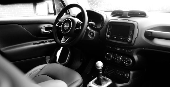 Driving-Dutchman-Jeep-Renegade-1-12