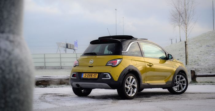 Driving-Dutchman-Opel-Adam-Rocks-1-12