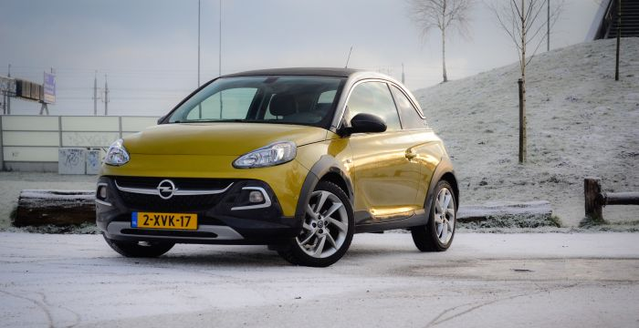 Driving-Dutchman-Opel-Adam-Rocks-1-4