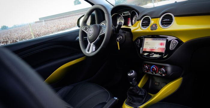Driving-Dutchman-Opel-Adam-Rocks-1-5