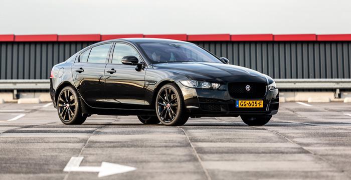 Jaguar XE 01 Driving-Dutchman