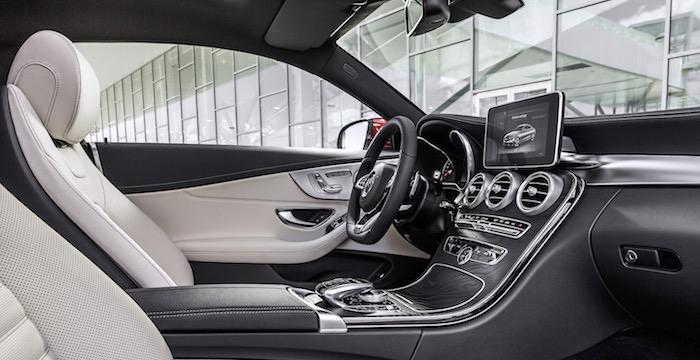 Mercedes-Benz breidt C-Klasse uit met coupé Driving-Dutchman