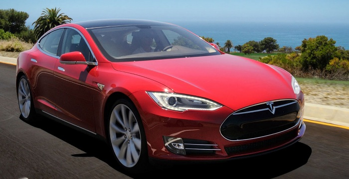 Tesla Model S Driving-Dutchman