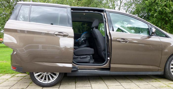 Ford Grand C-Max: comfortabel ontsnappen aan hectisch gezinsleven