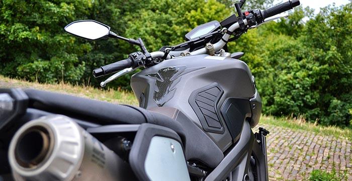 Yamaha MT-09 Sport Tracker, gemaakt voor bochten 3
