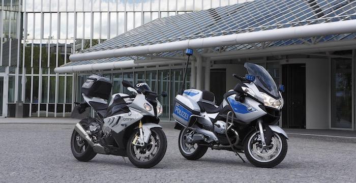 BMW, Honda en Yamaha gaan motorrijden veiliger maken met C-ITS Driving-Dutchman