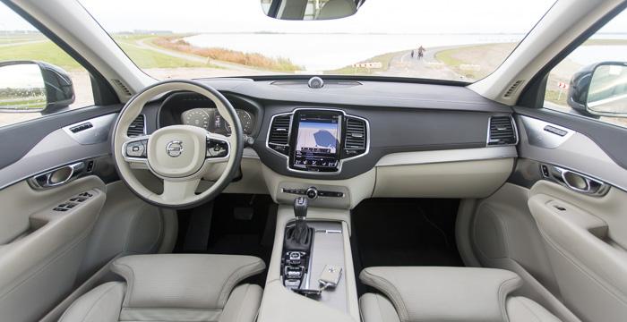 Volvo XC90 D5 AWD Driving-Dutchman14