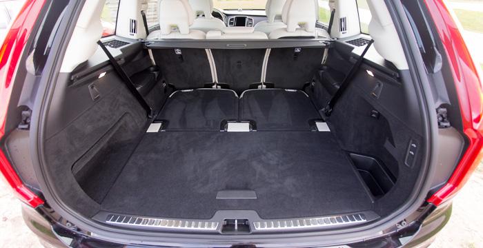Volvo XC90 D5 AWD een vriendelijke reus_Driving-Dutchman_1