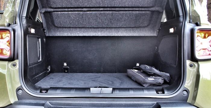 Jeep Renegade Trailhawk Driving-Dutchman bagageruimte