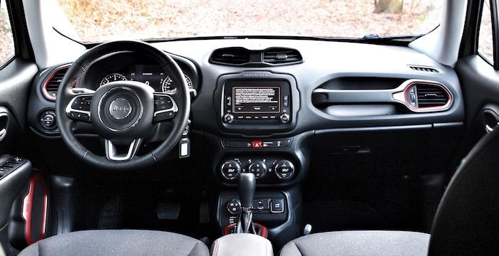 Jeep Renegade Trailhawk Driving-Dutchman dashboard