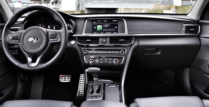 Kia Optima diesel 2016 Driving-Dutchman dashboard