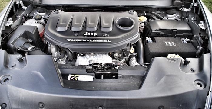Jeep Cherokee 2.2 MultiJet Diesel AWD Limited Driving-Dutchman motor