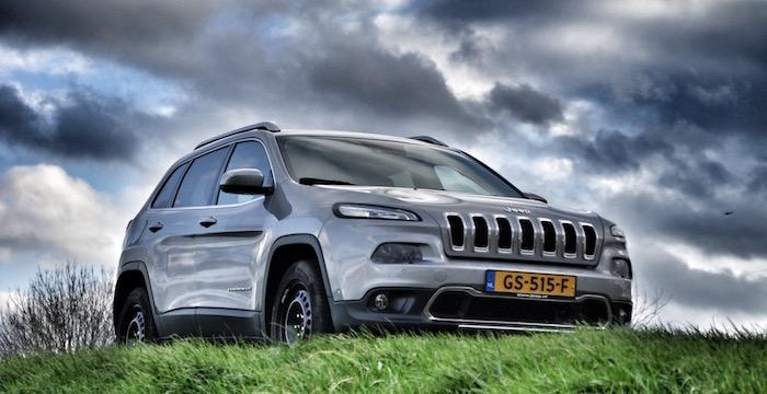 Jeep Cherokee 2.2 MultiJet Diesel AWD Limited Driving-Dutchman voorkant