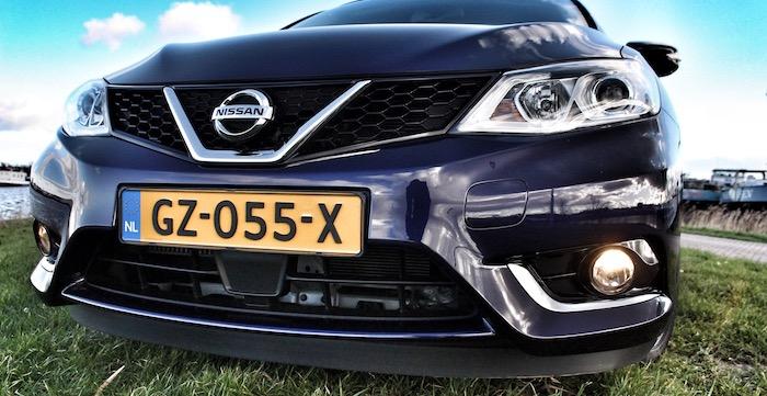 Nissan Pulsar voorkant Driving-Dutchman