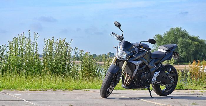 De Suzuki GSR750, eerlijk genieten 1
