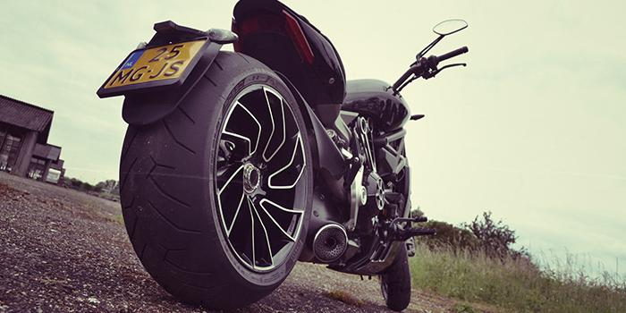 De beestachtige Ducati XDiavel S…3