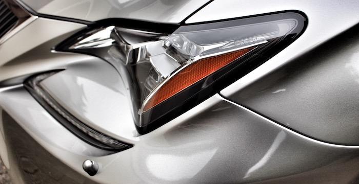 Lexus RC 300h Hybrid Driving-Dutchman koplamp
