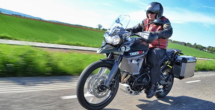 Review Triumph Tiger, Honda Africa Twin, BMW S 1000 en Suzuki V-Strom 4
