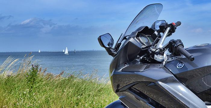 Met de Yamaha FJR1300AS door Zeeland 3